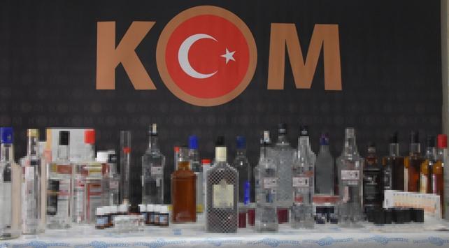 Denetimler sıklaştı, İzmirde 60 ton sahte içki imha edildi