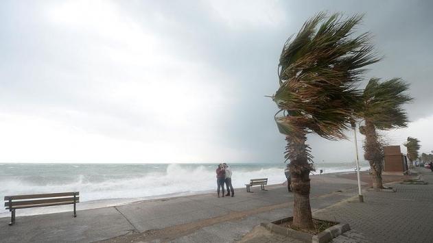 Doğu Karadenizde yarın fırtına bekleniyor