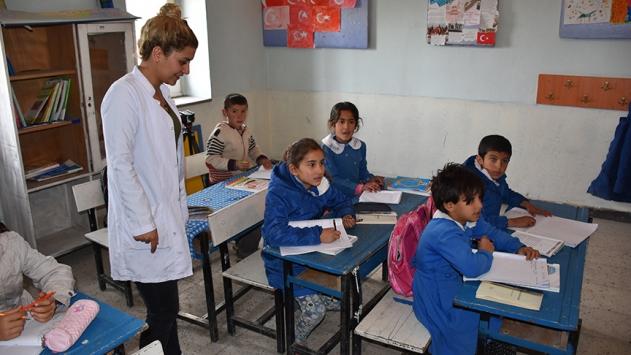 7 bin köy öğretmenine mesleki gelişim programı