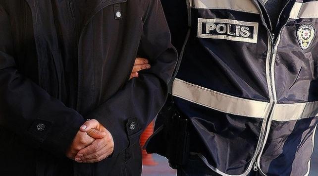 İzmir merkezli FETÖ operasyonu: 13 şüpheliye gözaltı kararı