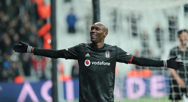 Beşiktaşın hücumdaki yeni kozu Hutchinson