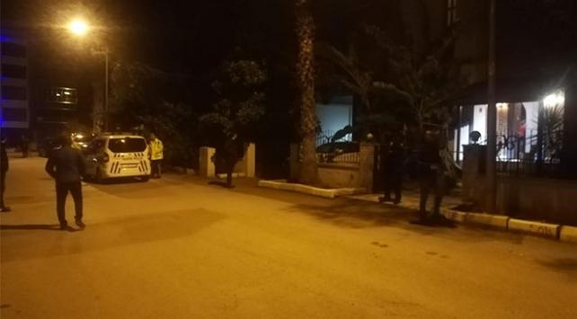 İzmirde peş peşe 2 cinayet