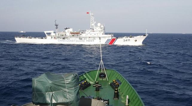 Çin gemileri Japon karasularını ihlal etti