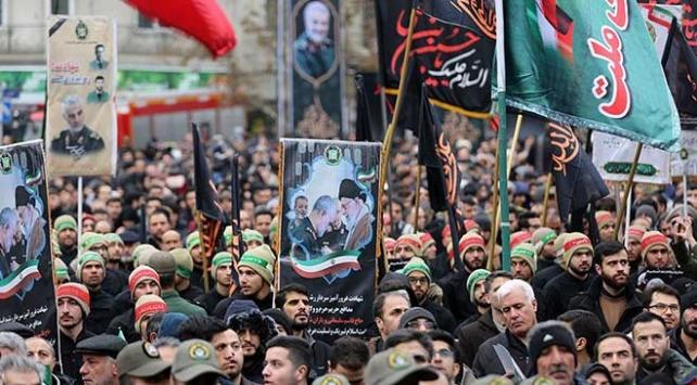 Rızayi: İranın askeri cevabının ardından ABD girişimde bulunursa İsraili vururuz