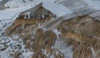 Peribacaları, oyma evleri ve doğal mağaralarıyla Vanadokya