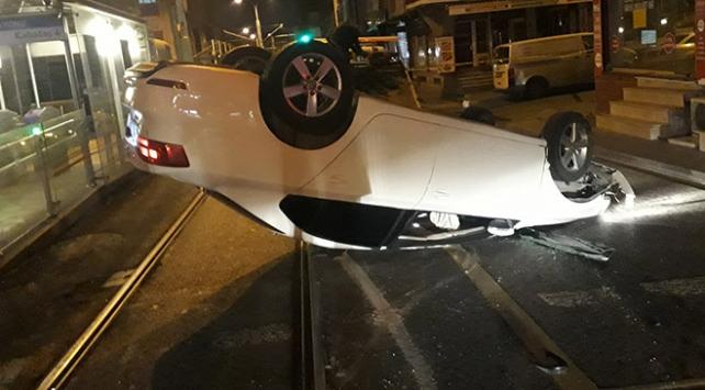 Polisin dur ihtarına uymayan ehliyetsiz sürücü kaza yaptı: 2 yaralı