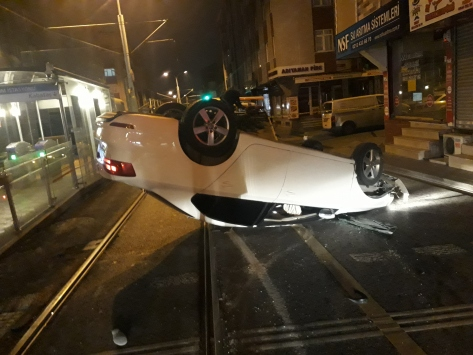 Güngörende trafik kazası: 2 yaralı