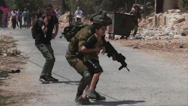 İsrail polisinin çocuklara uyguladığı hukuk dışı uygulamalar belgelendi