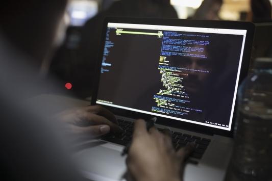 Siber suçlu grupları, bankaların hassas bilgilerini gizlice topluyor