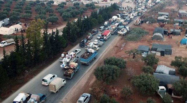 İdlibden 312 bin kişi Türkiye sınırına göç etti