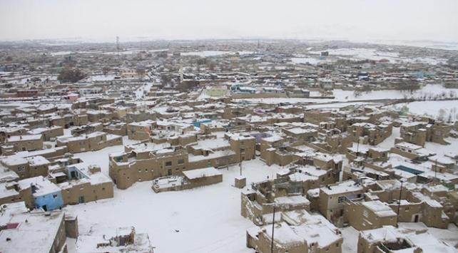 Pakistan ve Afganistanda kış: 43 kişi hayatını kaybetti