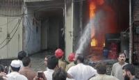 2 Fabrika Yangınında 314 Kişi Öldü