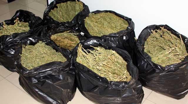 İnternet Üzerinden Uyuşturucu Satıyorlardı