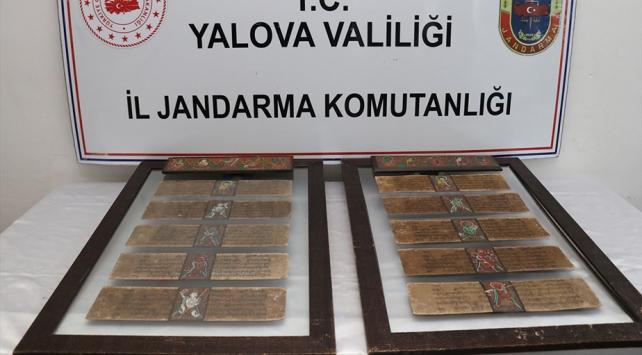 Yalovada tarihi el yazması eserler ele geçirildi: 2 gözaltı