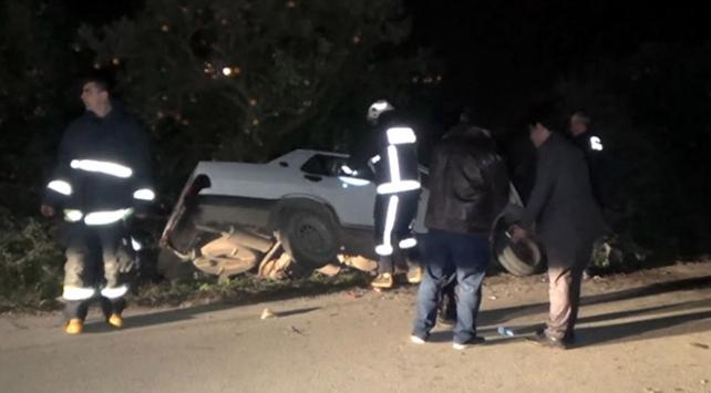 Antalyada otomobil şarampolde yan yattı: 1 ölü, 1 yaralı