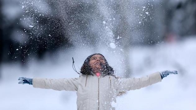 Başkalede kar nedeniyle eğitime 1 gün ara
