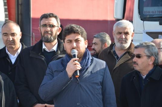 Karamandan İdlibe 3 tır insani yardım malzemesi gönderildi