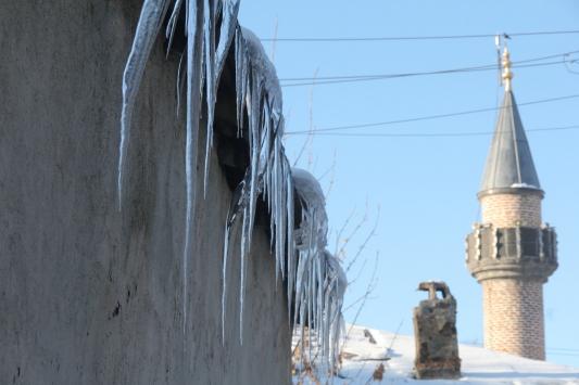 Ağrı ve Karsta dondurucu soğuklar