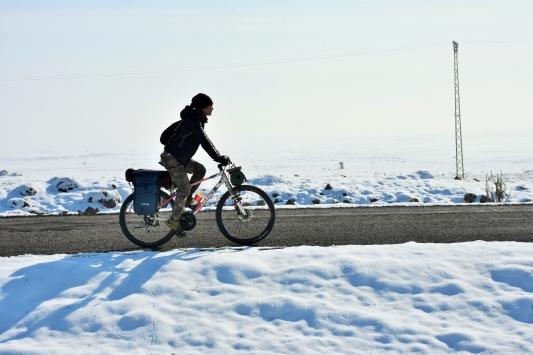 Çinli turist, bisikletiyle 4 ayda 7 ülkeyi gezdi