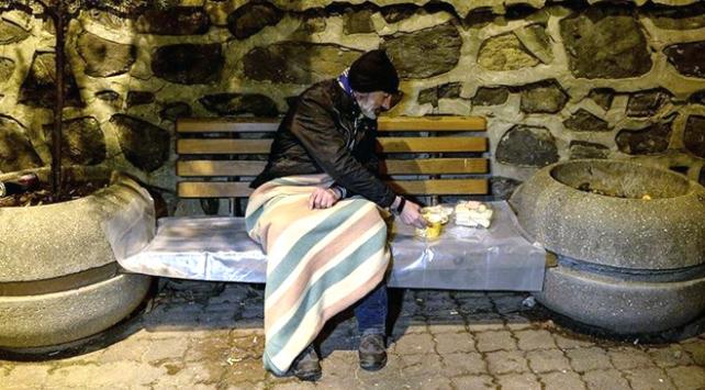 İstanbul Valiliği sokakta kalan vatandaşları misafir ediyor