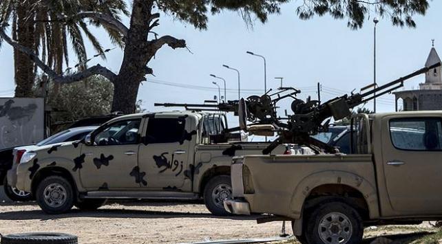 Libyada Hafter ateşkesi bozdu