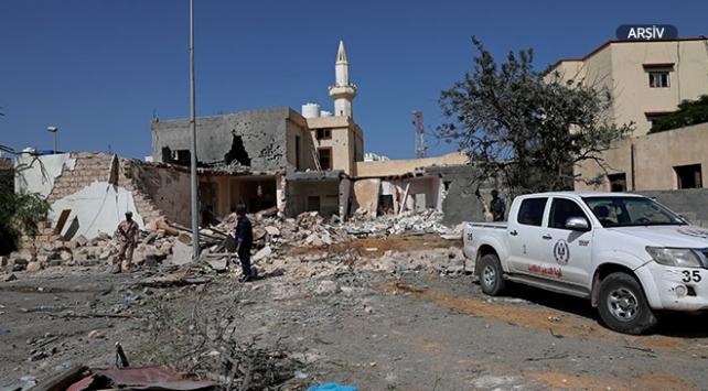 Libyada Hafter güçleri Trablusta roket saldırısı düzenledi