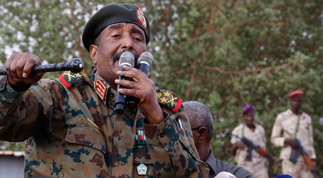 Egemenlik Konseyi Başkanı Burhan: Sudanda darbeye izin vermeyeceğiz