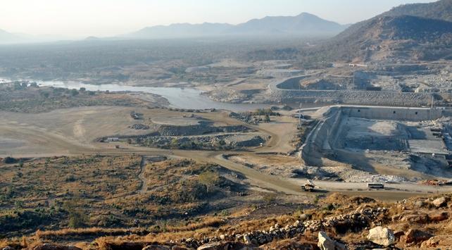 """3 ülkeyi karşı karşıya getiren """"Hedasi Barajı""""nda çözüm arayışları sürüyor"""