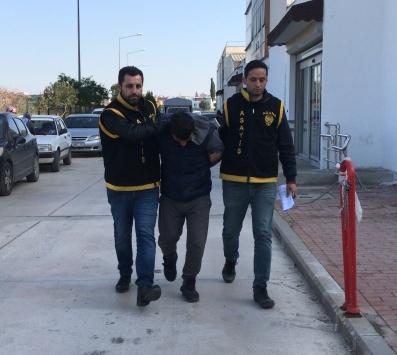 Adanada gece girdiği bankada yakalanan hırsızlık şüphelisi tutuklandı
