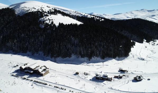 Beyaza bürünen yaylaların kış manzaraları
