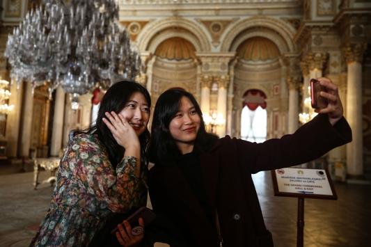 """Dolmabahçe Sarayında """"Müzede Selfie Günü"""" etkinliği"""