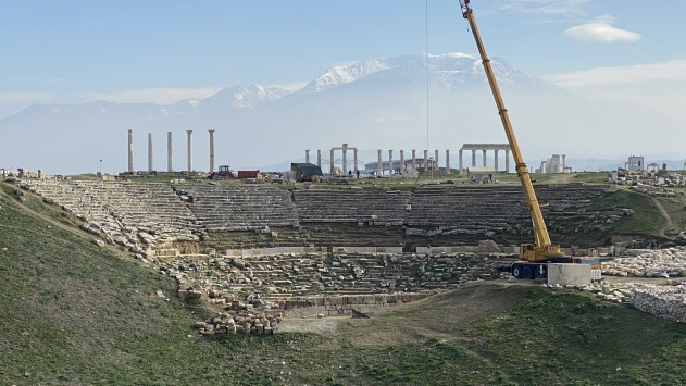 Denizlide Roma İmparatoru Neronun heykeline ait mermer baş bulundu