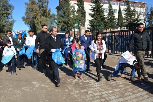 Silopide öğrencilere kışlık giysi desteği