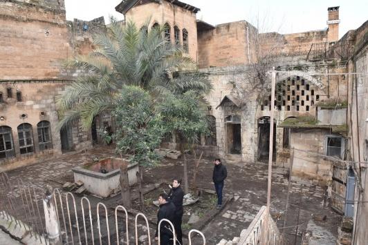 """Şanlıurfada tarihi """"Zaza Konağı"""" restore edilecek"""