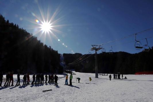 Üniversitelilere Yıldıztepede kayak eğitimi