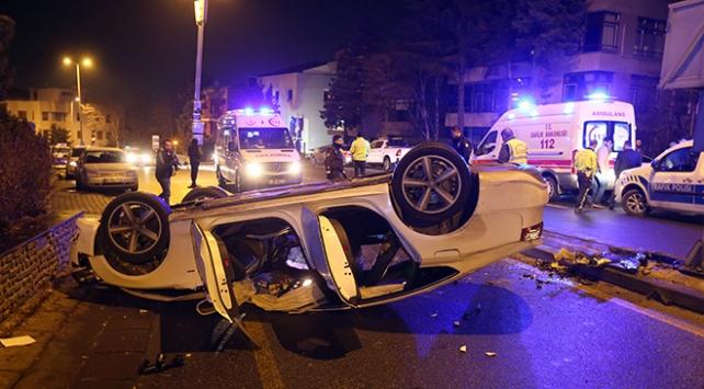 Ankarada iki ayrı kazada 5 kişi yaralandı