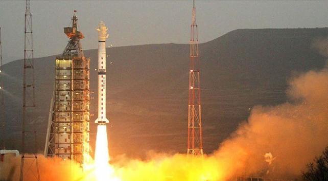 Çinin yeni uydusu uzayda: Saniyede 10 gigabyte veri transfer edecek