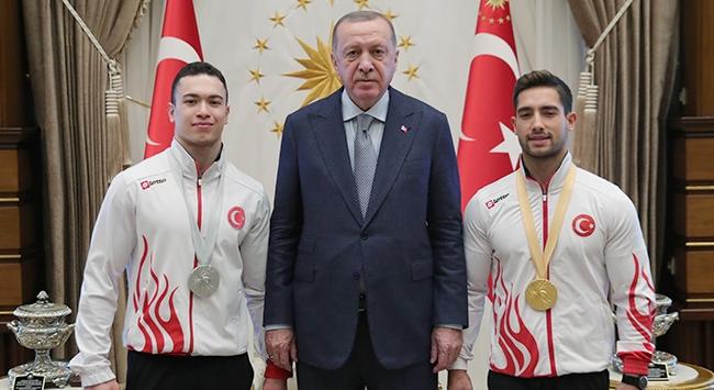 Cumhurbaşkanı Erdoğan milli cimnastikçileri kabul etti