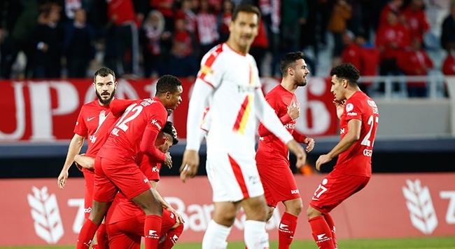 Antalyaspor kupada Göztepeyi yendi