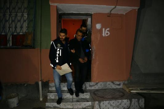 Adana merkezli 5 ilde 32 şüpheliye yönelik uyuşturucu operasyonu