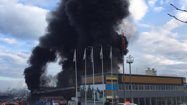 Samsunda plastik fabrikasında yangın