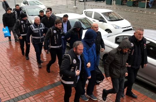 Kocaeli merkezli FETÖ/PDY operasyonunda yakalanan 8 şüpheli adliyeye sevk edildi