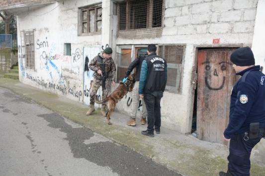 Trabzonda metruk binalar denetlendi