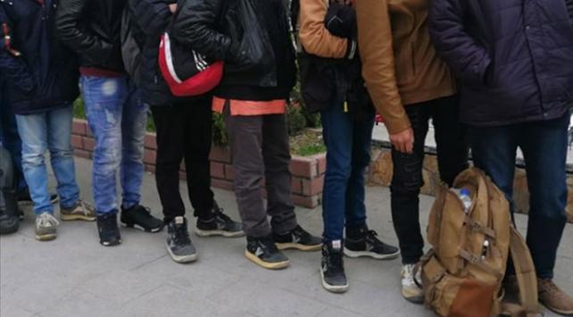 Tekirdağda Yunanistana geldik diye kandırılan 11 göçmen yakalandı