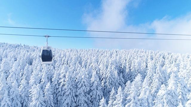 Uludağ'da sisler arasında kar yolculuğu