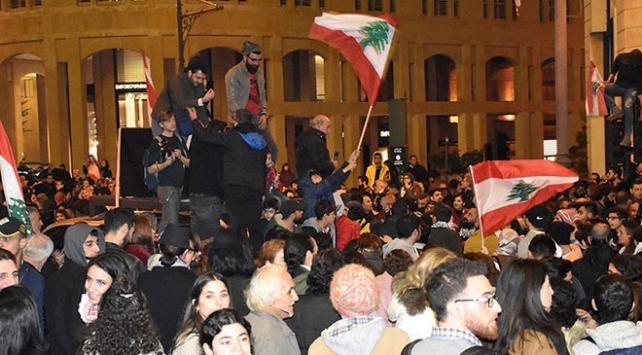 Lübnanda göstericiler ile güvenlik güçleri arasında gerginlik: 220 yaralı