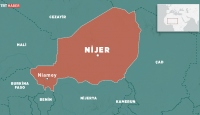 Nijer'de Fransız askerlerinin ülkeden ayrılması için gösteri düzenlendi