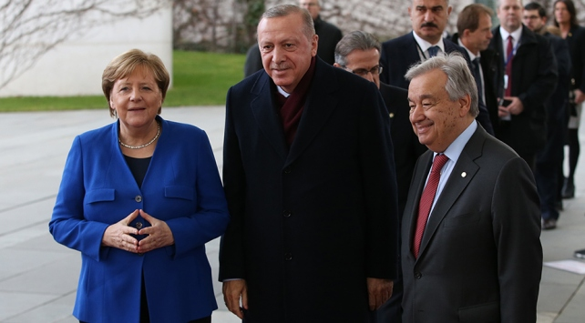 Cumhurbaşkanı Erdoğan Berlinden ayrıldı