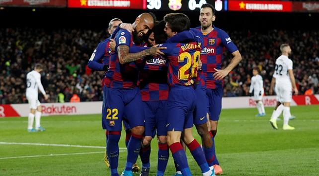 Barcelona liderliğini sürdürüyor