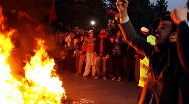 Irakta protestolar nedeniyle resmi tatil ilan edildi